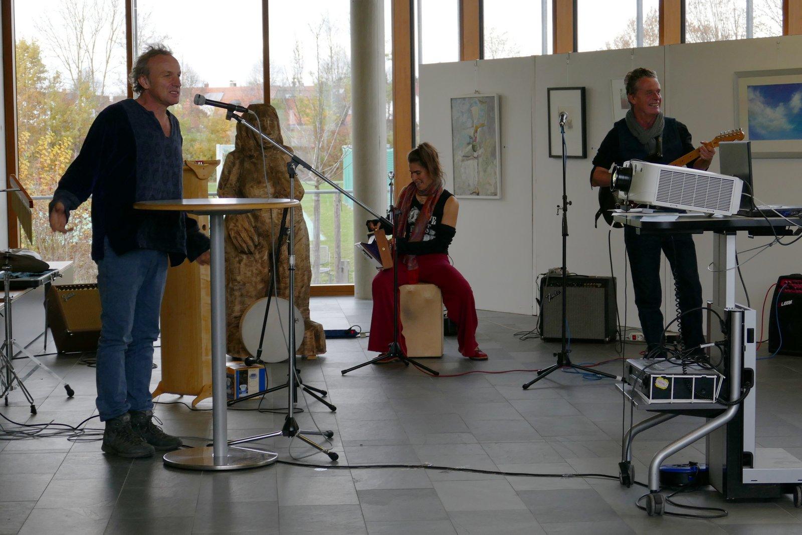 """Die Musikgruppe """"Querfeldein"""""""
