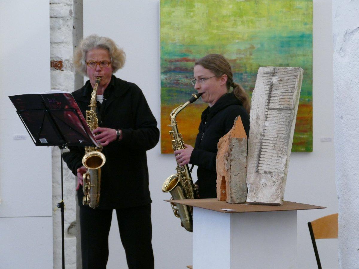 Saxophonduo: Jeanette Höfer und Veronika Sax