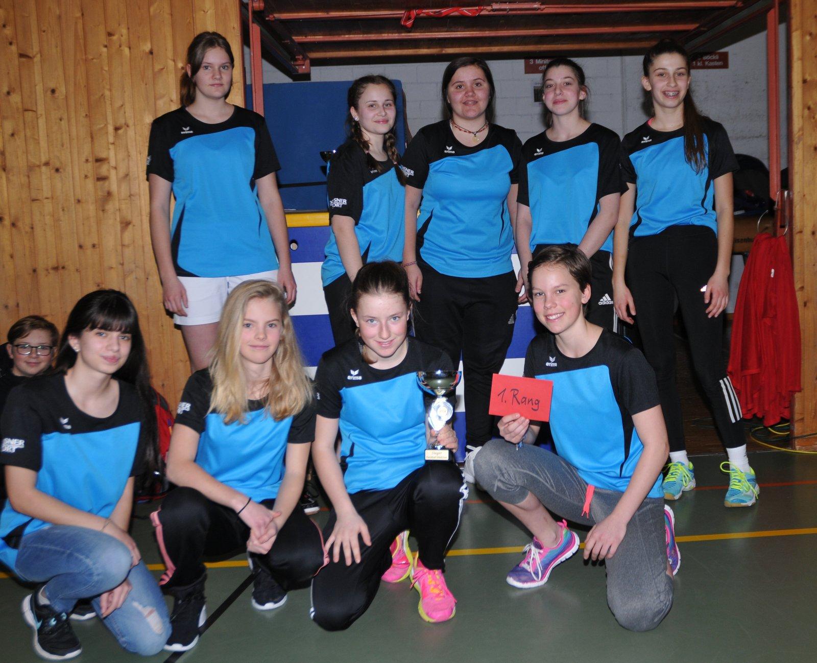 Feb. 18: Siegerinnen im Handball-Turnier aus Näfels