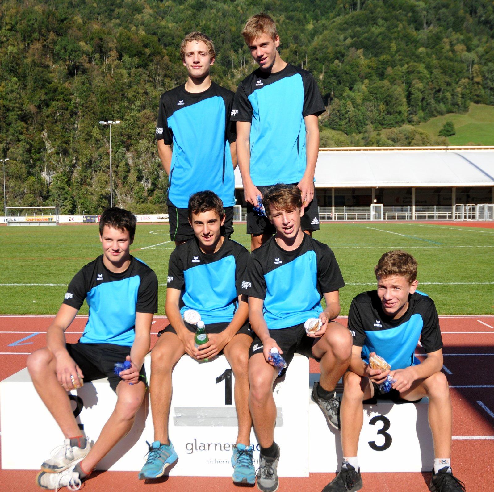 Das Siegerteam im Leichtathletik der Knaben aus Näfels