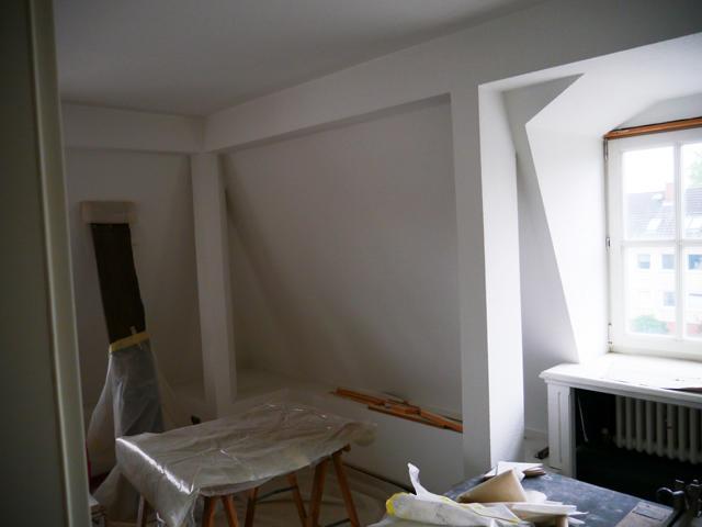 Zimmer 2 II - Dachgeschosswohnung I