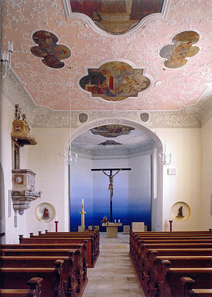 The interior of the Chapel Saint Leonhard (Kapelle innen)