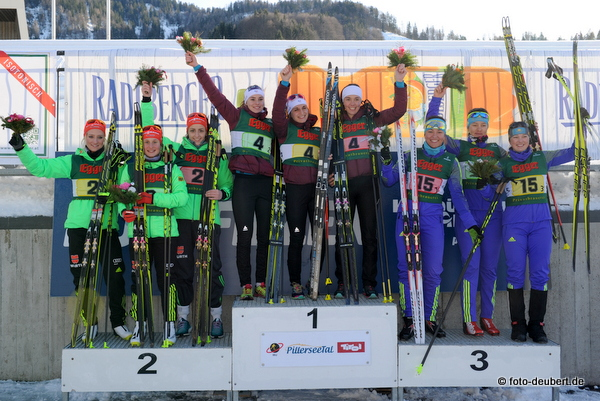Podium Staffel Juniorinnen