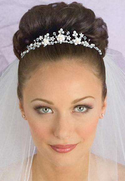 Tocado O Tiara De Novia Maquillaje Y Peinado Para Novias En