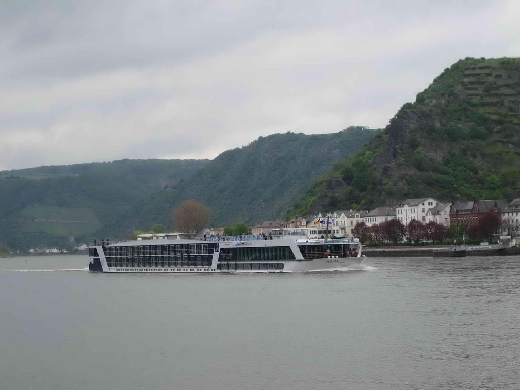 4. Tag: Einmal am Rhein