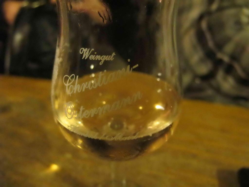 ... in ein Gläschen Wein