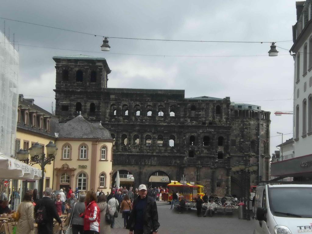 Trier mit Porta Nigra