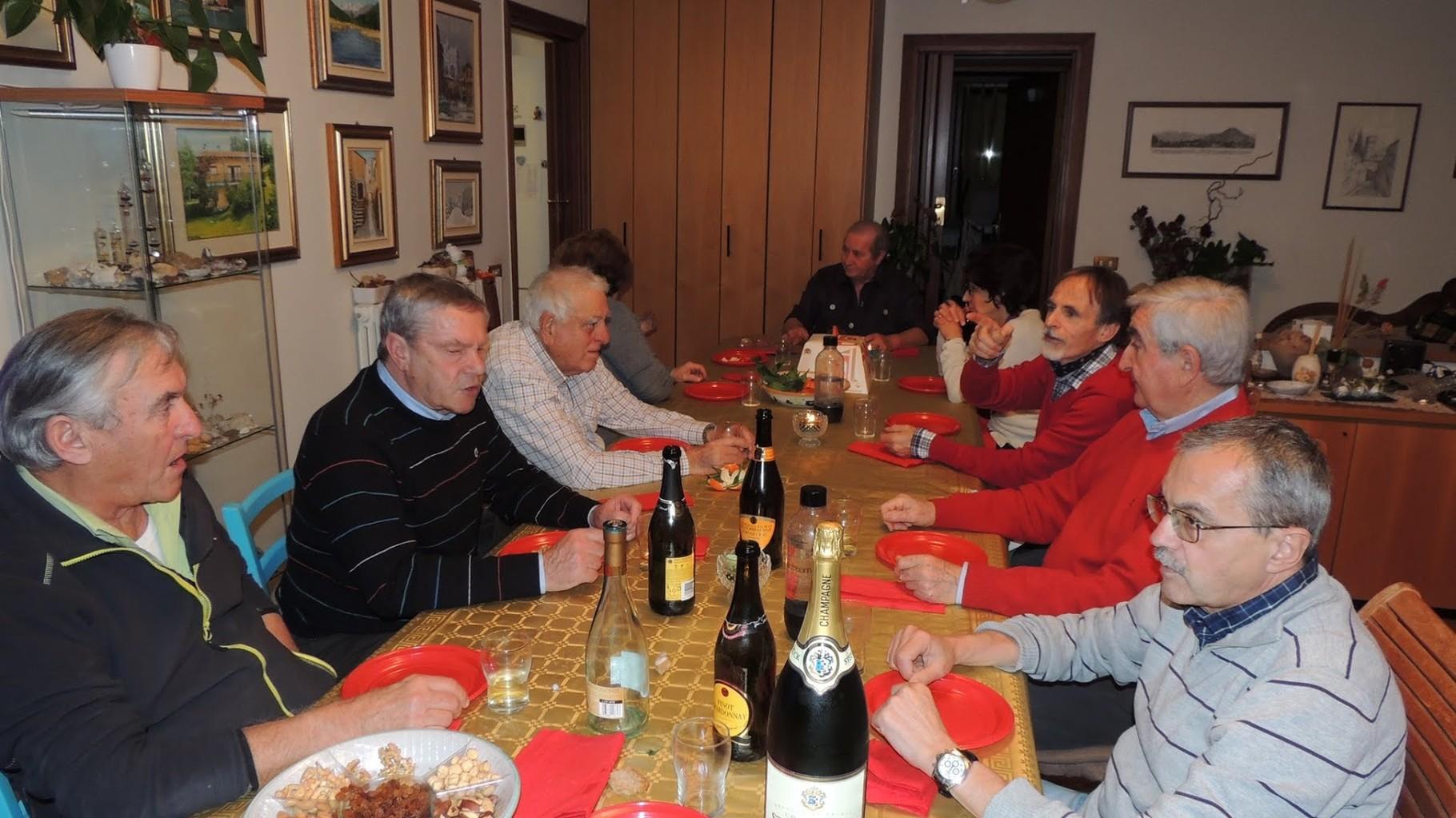 Da sinistra: Piero, Giorgio, Gianni Pizzorni, Norma (semi nascosta) Flavia (la moglie di Giorgio), Carla, Vittorio, Roberto e Gianni baffo