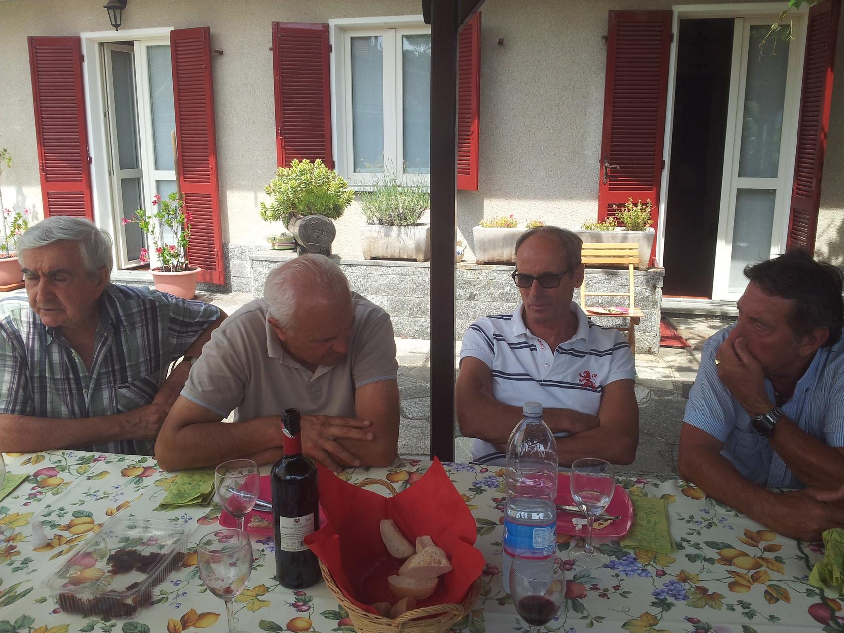 ROBERTO, FRANCO, ARMANDO E BRUNO M.