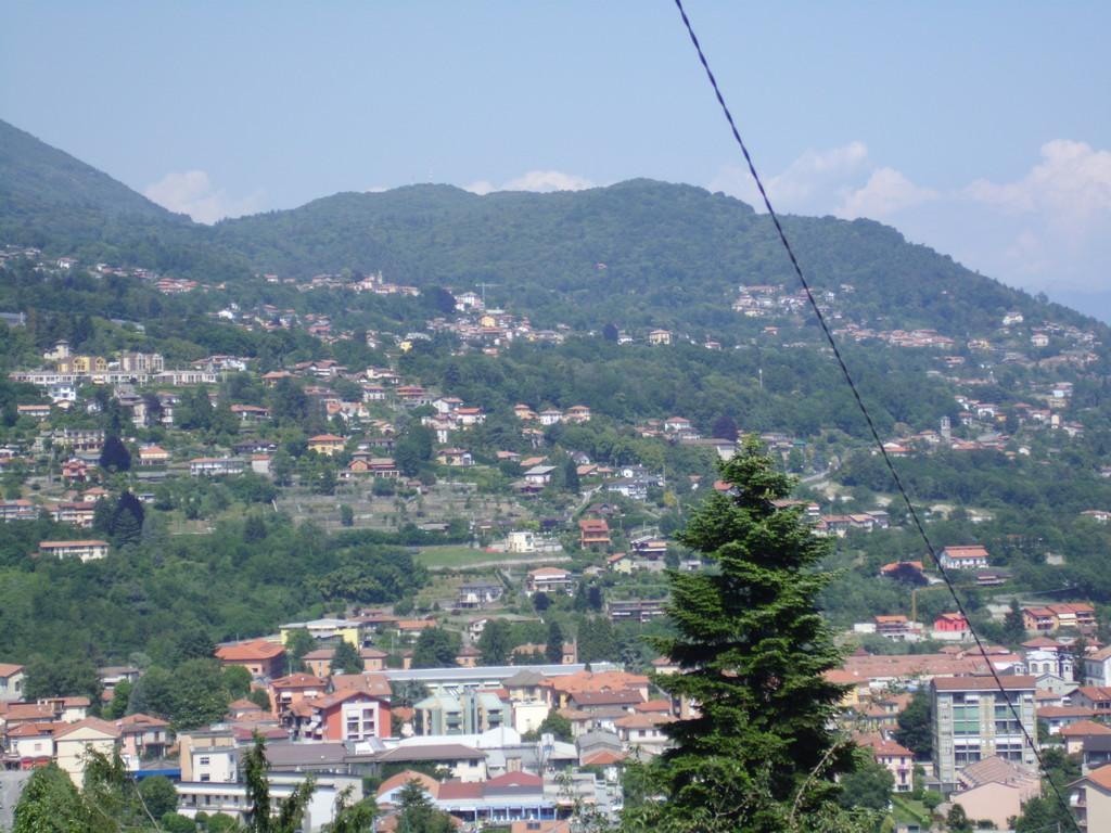 Le colline sopra Intra