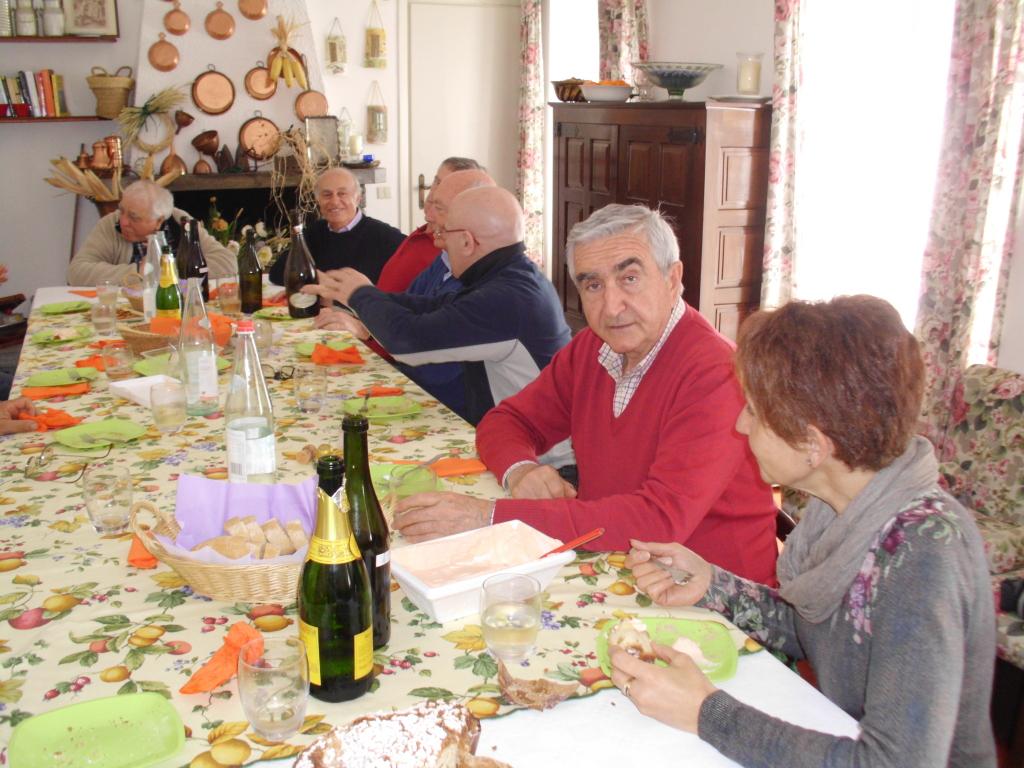 Mara, Roberto, Ferruccio: in fondo, Tino e Gianni Pizzorni