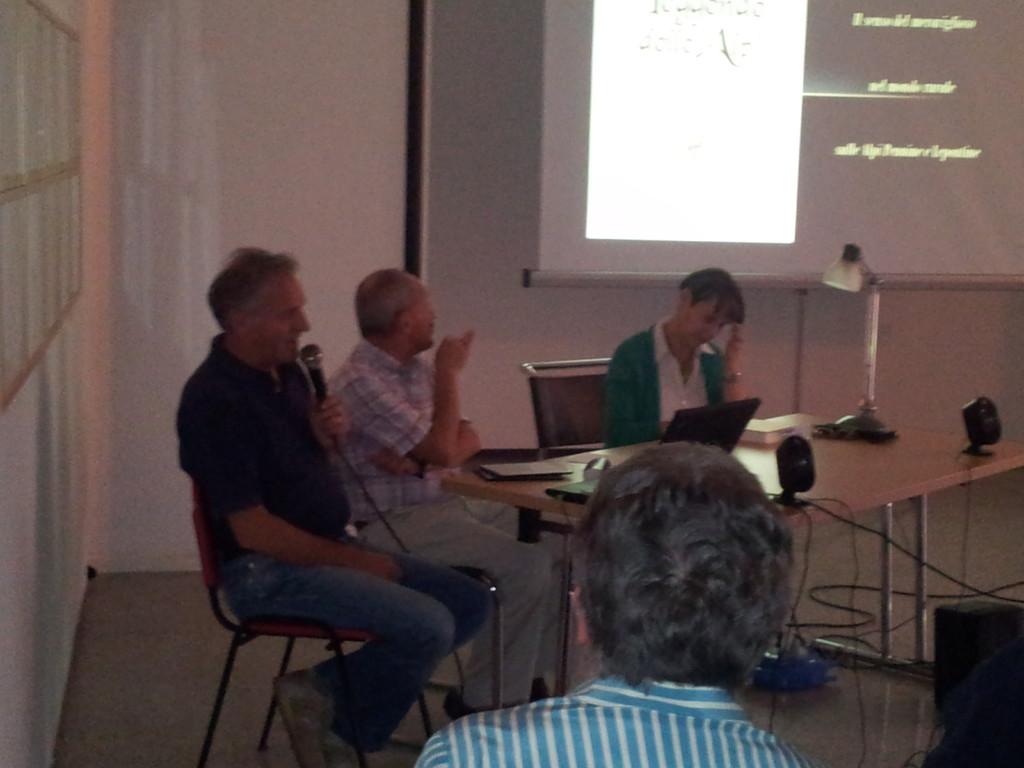 Sandro Paolo e paola durante la presentazione