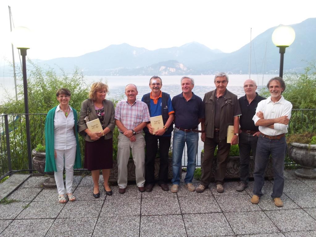 Paola, Flavia, Paolo, Gianni baffo, Sandro, Roberto, Ferruccio e Vittorio