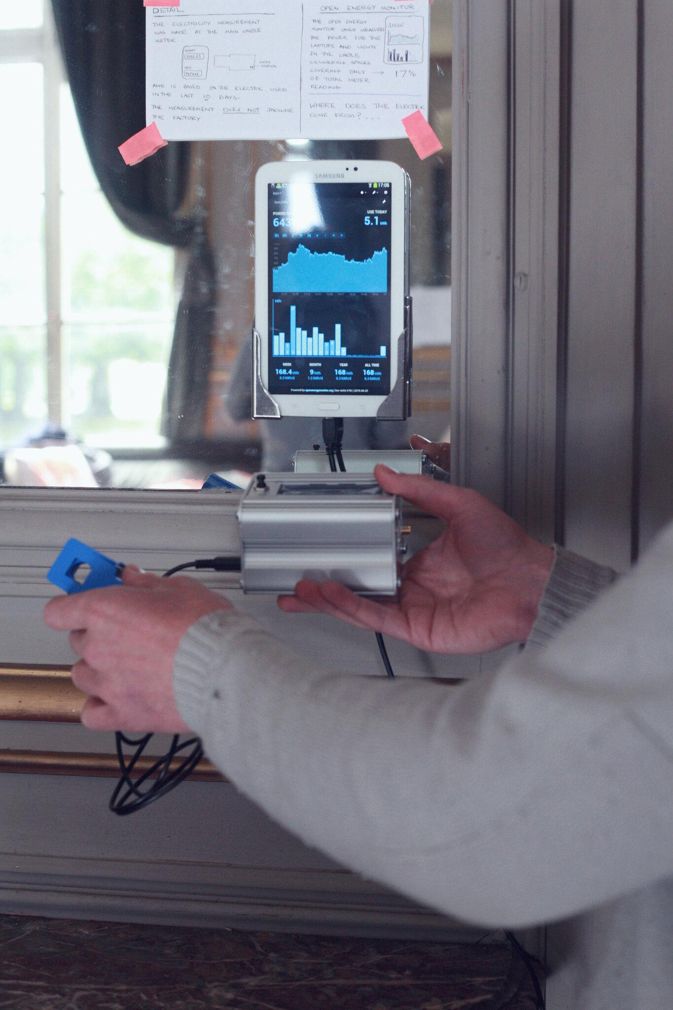 OpenEnergyMonitor ist ein Open Source Gerät zur Überwachung der Stromverbrauchs.
