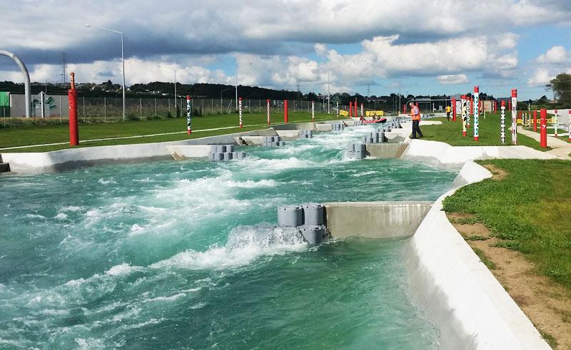 obstacles de rivière artificielle en situation
