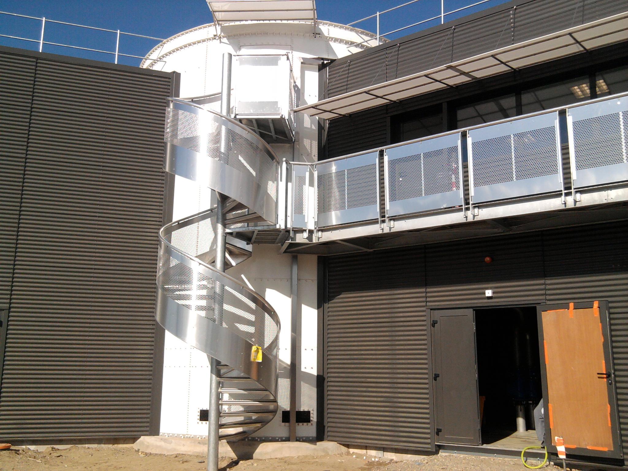 Escalier et balcon Inox et Acier galvanisé