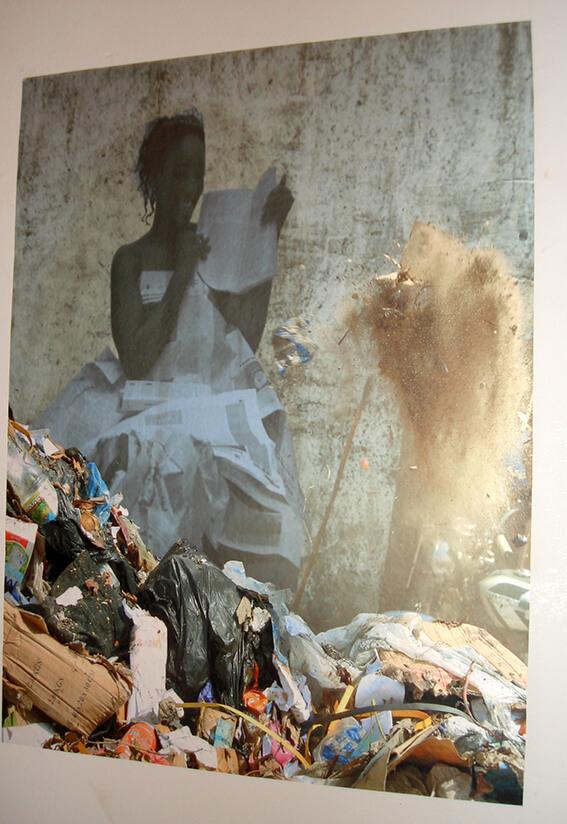 Ausstellung von Künstlern in Conakry