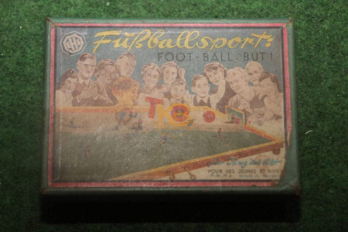 Uraltes Tischfussballspiel EHS Fußballsport D.R.P vermutlich aus den 1930ern.