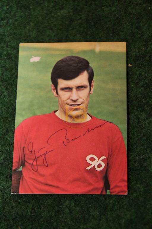 Original Autogramm von Jürgen Bandura auf einer Bergmann Sammelkarte aus dem Jahr 1969/70.
