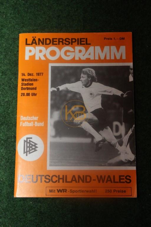 Länderspiel Programm Deutschland gegen Wales am 14.12.1977 im Westfalen Stadion Dortmund