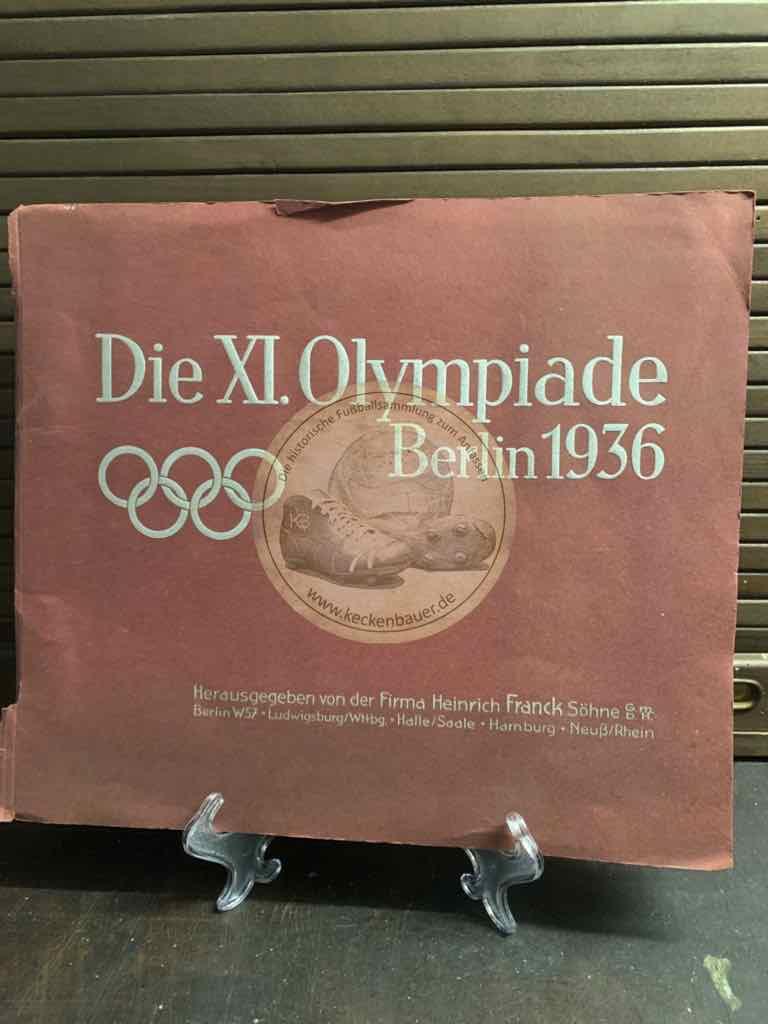 Sammelbuch der XI. Olympiade in Berlin aus dem Jahr 1936