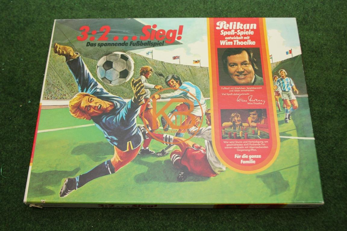 Pelikan Spaß Spiele * 3:2....Sieg! - Das spannende Fußballspiel von Wim Toelke