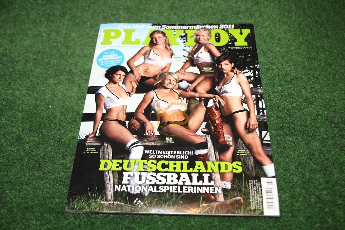 Playboy mit dem Thema Fußball auf der Titelseite.