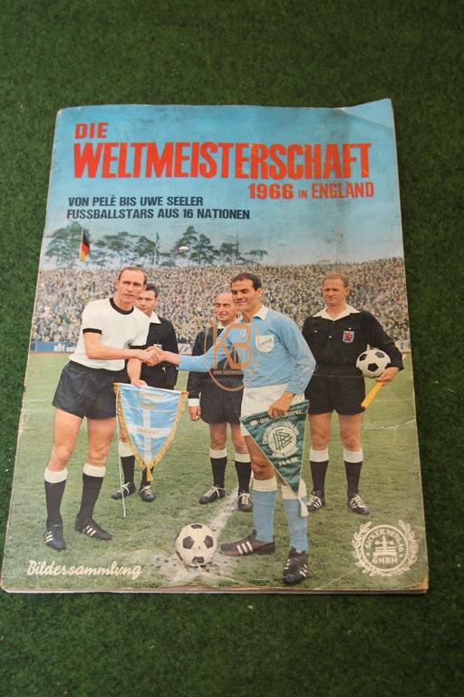 Sammelalbum Die Weltmeisterschaft 1966 in England vom Sicker Verlag aus dem Jahr 1966 natürlich komplett