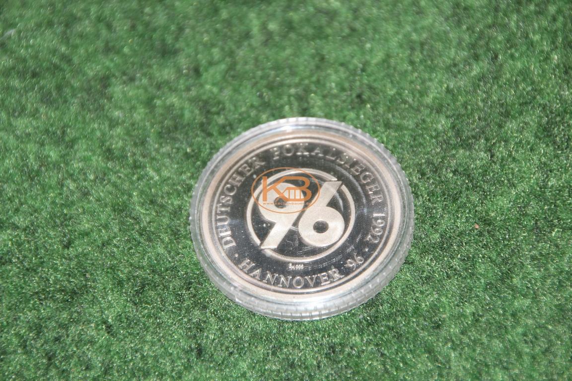Erinnerungsmünze zum DFB Pokal Sieg von Hannover96 im Jahr 1992 1/2