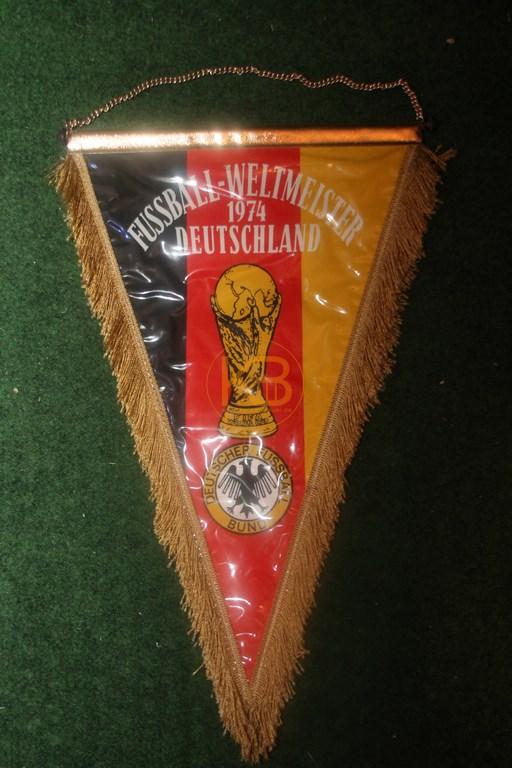Fußballwimpel zum Weltmeistertitel 1974 2/2