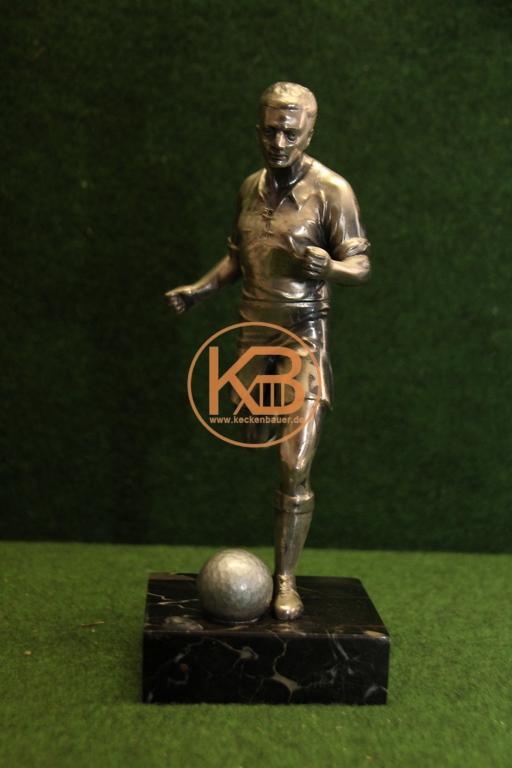 Alter originaler Siegerpokal Fußball aus den 1950er Jahre