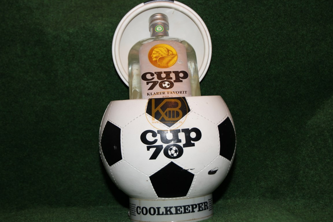 Cup 70. Flaschenkühler in Fußballoptik zu bekommen bei einem Gewinnspiel vom Fachmagazin Kicker zur WM 1970.