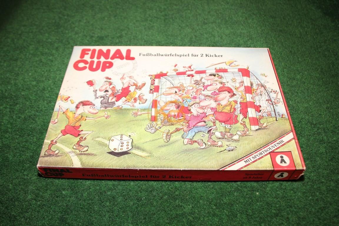 Altes Würfelspiel Final-Cup aus dem Jahr 1990.