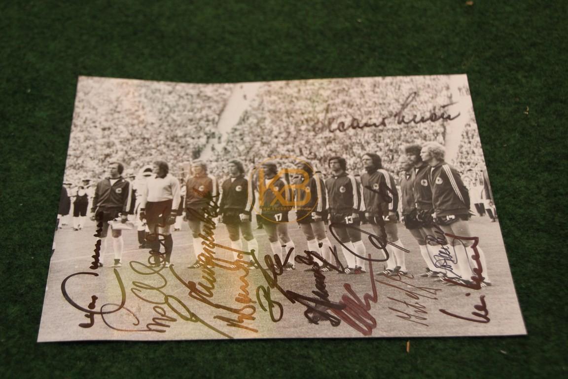 Pressefoto mit original Unterschriften der WM 1974 in Deutschland