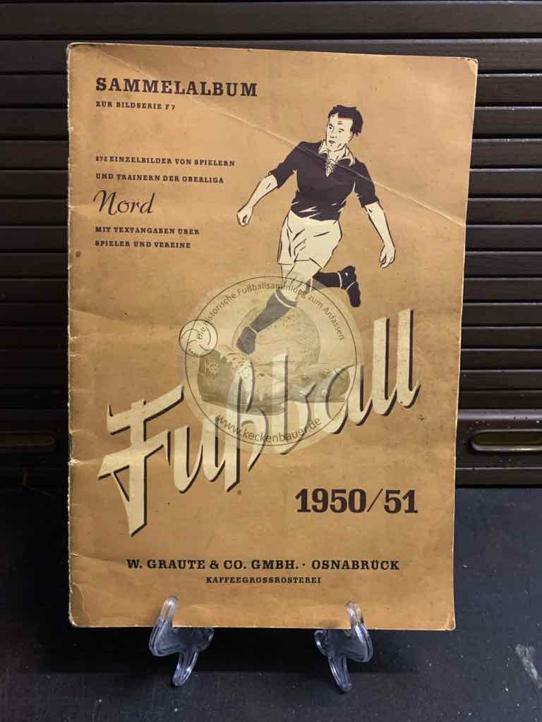 Sammelalbum von Trainern und Spielern der Oberliga Nord aus der Saison 1951/52 von den Quieta Werken Augsburg