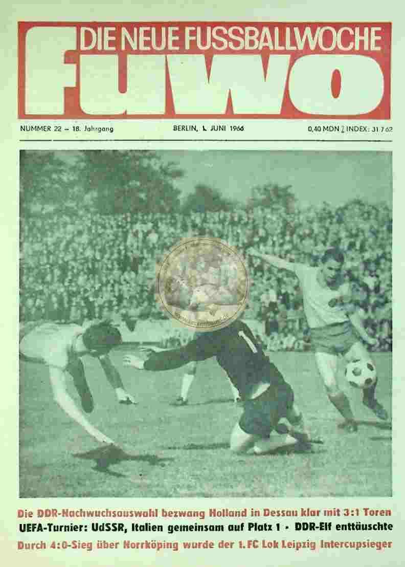 1966 Juni 1. Die neue Fussballwoche fuwo Nr. 22