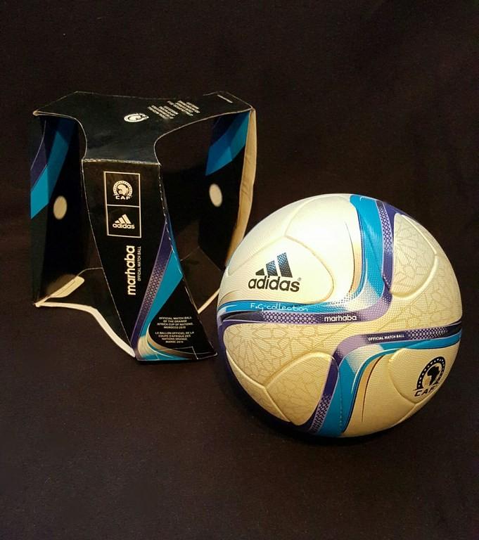 ADIDAS Marhaba der offizielle Spielball vom Afrika Cup mit Originalverpackung aus dem Jahr 2015 in Äquatorialguinea.