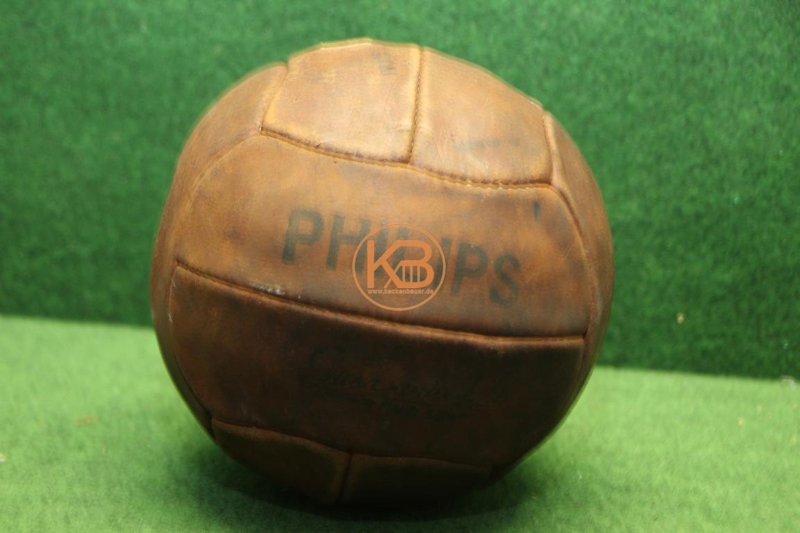 Alter Philips Fußball aus Leder vermutlich aus den 1940ern