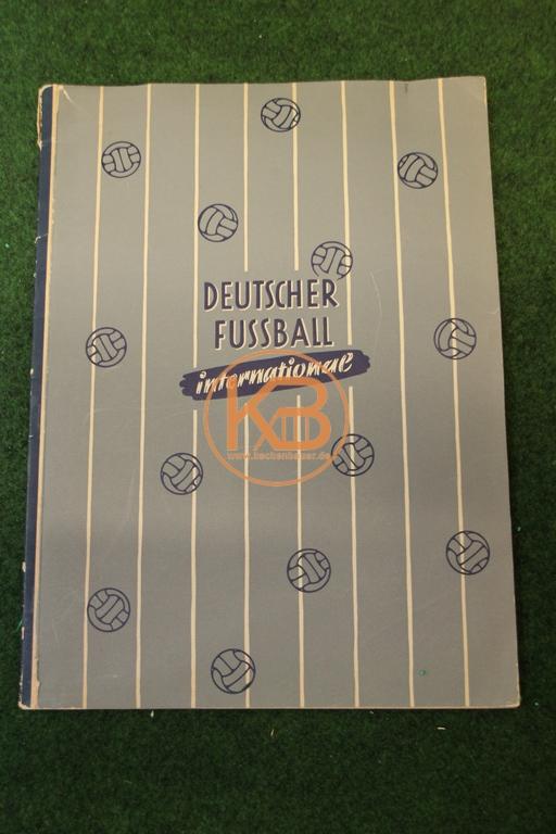 Sammelbilder Quieta / Turris Deutscher Fußball International aus dem Jahr 1952.