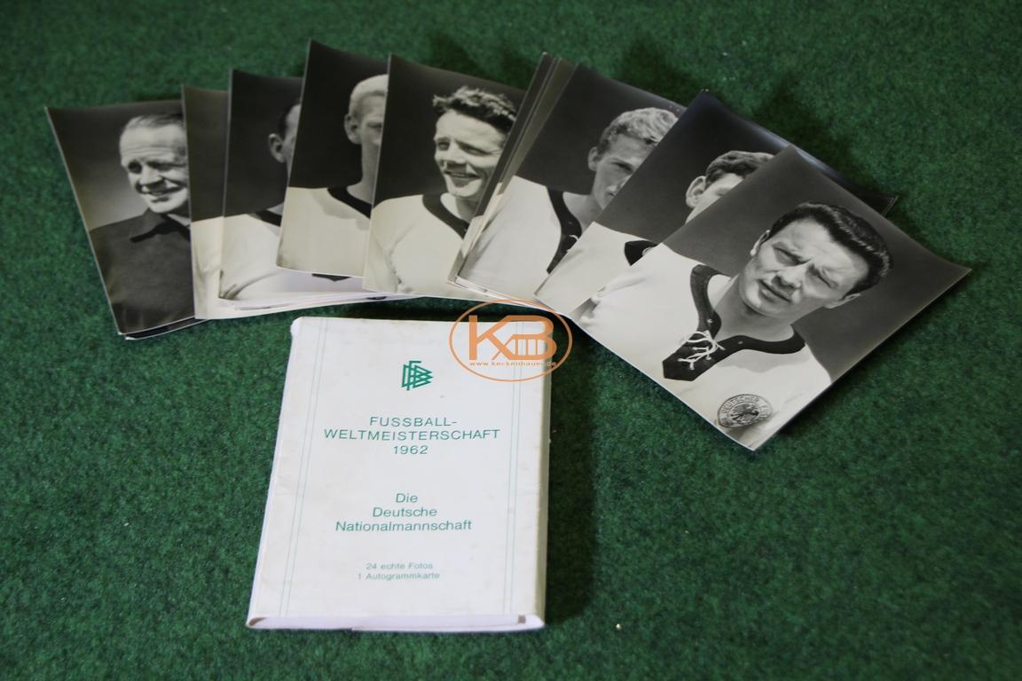 Sammelkartensatz der Deutschen Nationalmannschaft zur Weltmeisterschaft 1962 in Chile inkl. der originalem Verpackung 1/2