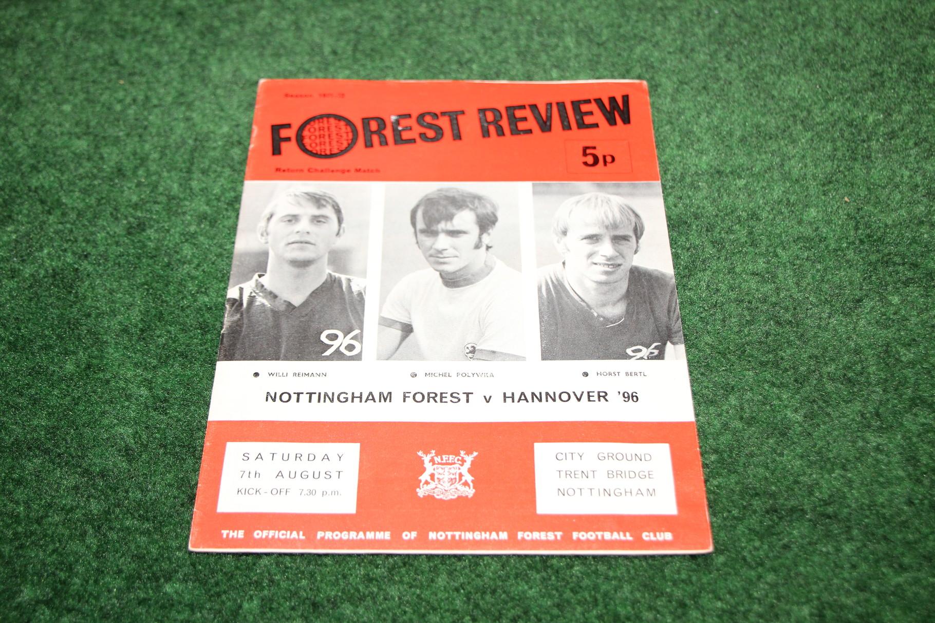Offizielles Programm von Nottingham Forest gegen Hannover 96.