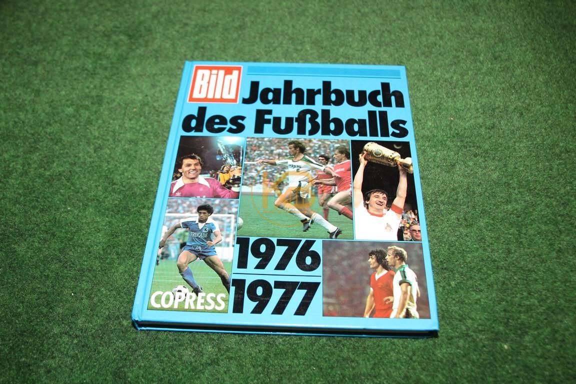 Bild Jahrbuch des Fußballs 1976/1977 vom Copress Verlag.