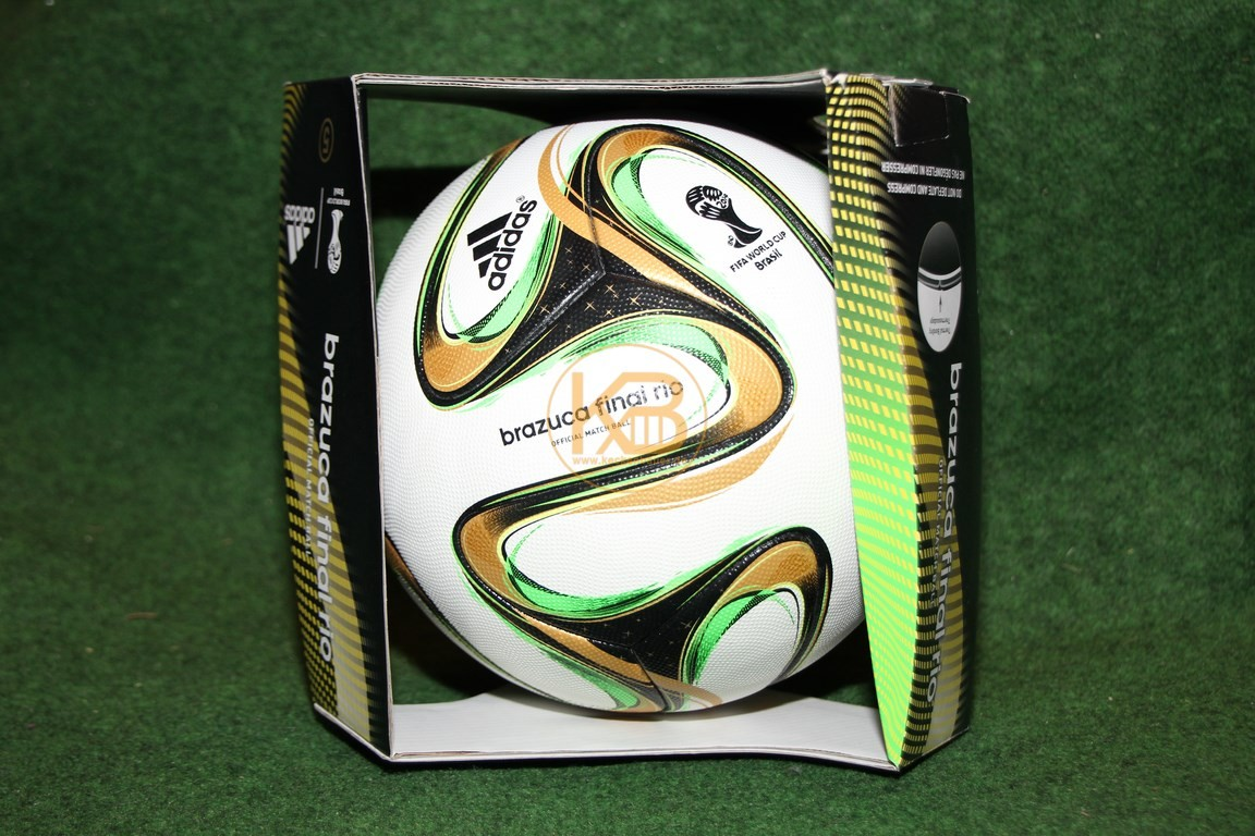 Original Weltmeisterball brazuca der WM 1914 in Brasilien von Adidas, Deutschland wurde Weltmeister.