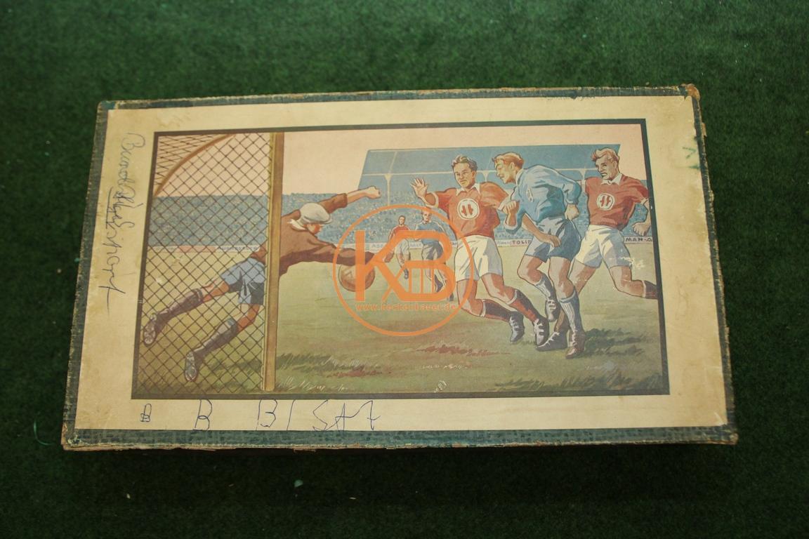 Altes Fussball Blechspiel aus den 1940/1950 ern. Leider ohne Angabe des Herstellers. 1/2