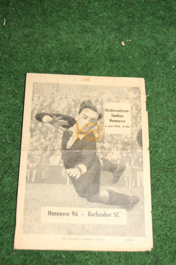 Programm von der deutschen Meisterschaft 1955/56 vom Spiel Hannover 96 gegen den Karlsruher SC