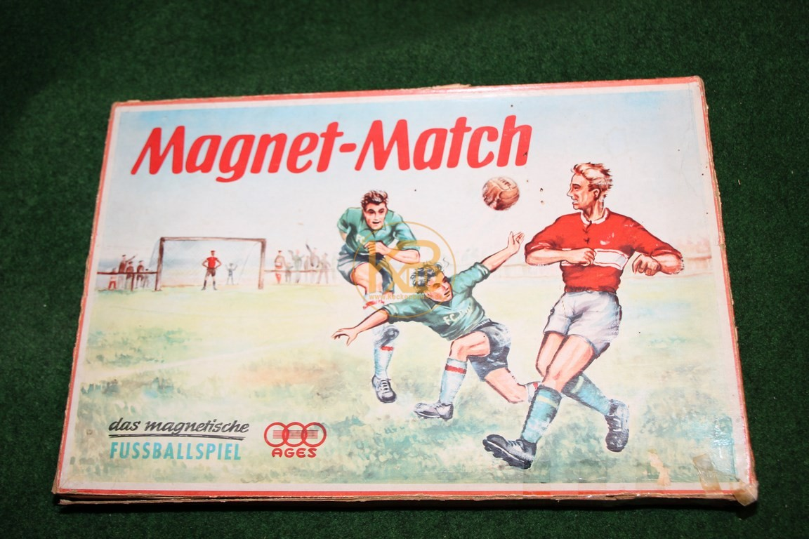 """Altes Spiel """"Magnet-Match"""" von AGES ca. aus den 1960ern."""