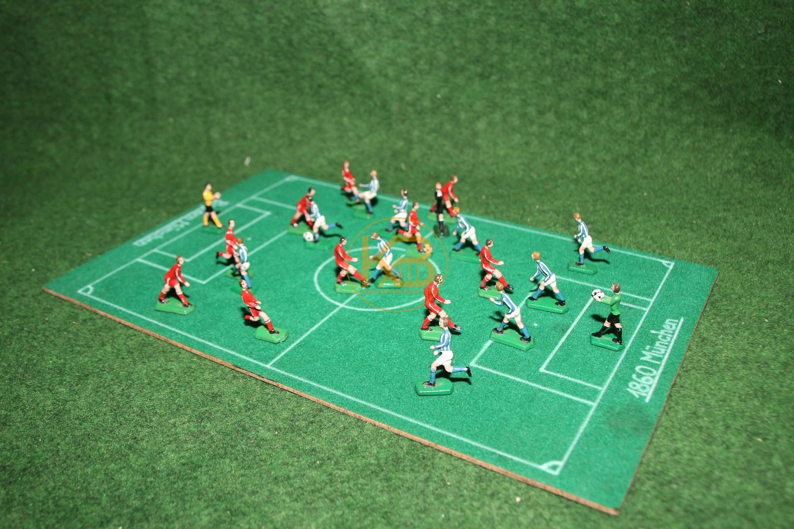 Das Münchener Derby 1860 München gegen Bayern München vermutlich aus den 1960ern.