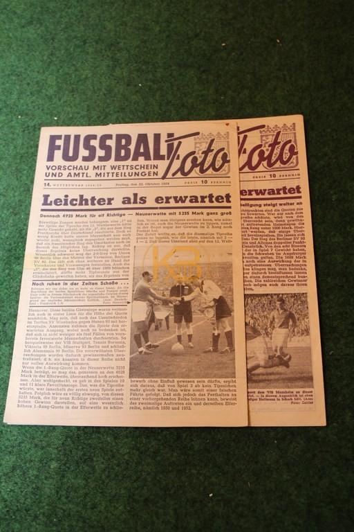 2 Ausgaben Fussball Toto vom 22.10.1954 und 08.10.1954.
