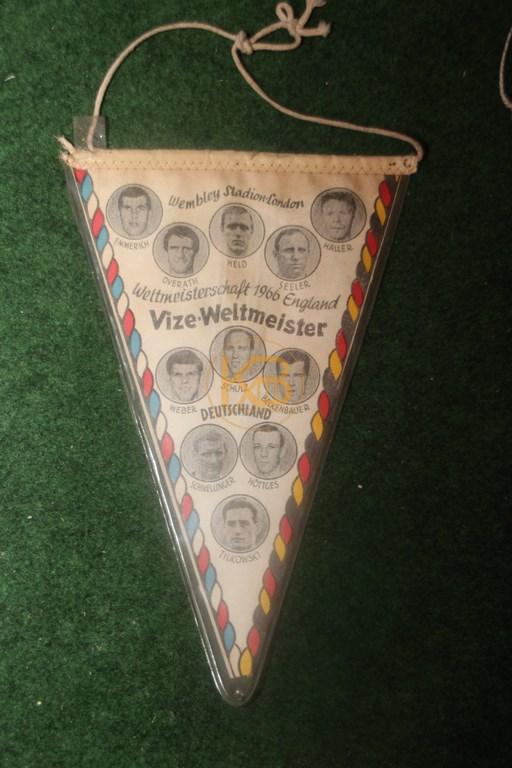 Fußballwimpel zum Vize-Weltmeistertitel 1966 2/2