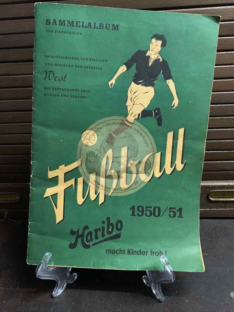 Sammelalbum von Trainern und Spielern der Oberliga West aus der Saison 1951/52 von den Quieta Werken Augsburg